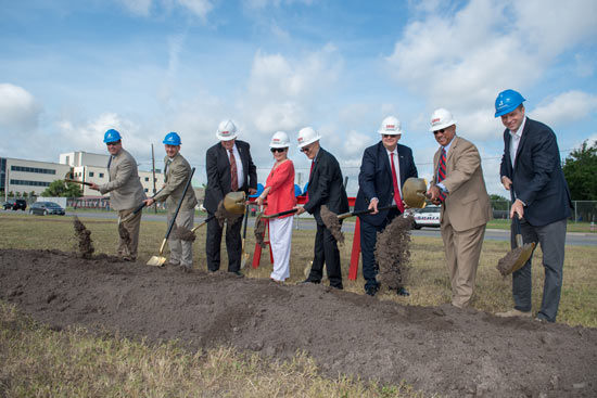 UHV 2018 Smith Hall Ground Breaking