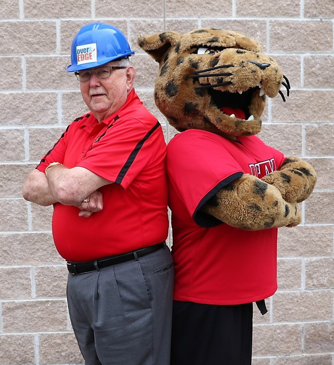 jaX and UHV President Vic Morgan