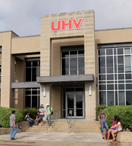 Exchange students experience U.S. through studies at UHV