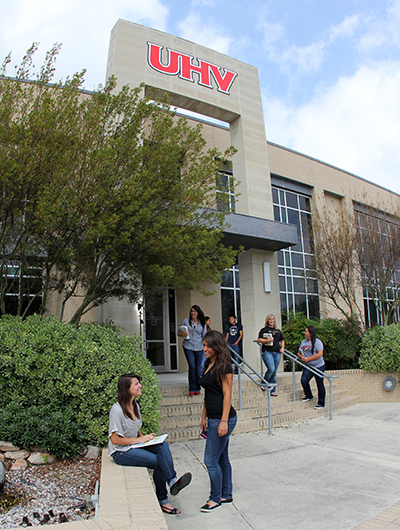 UHV receives $2.25 million federal grant for student support
